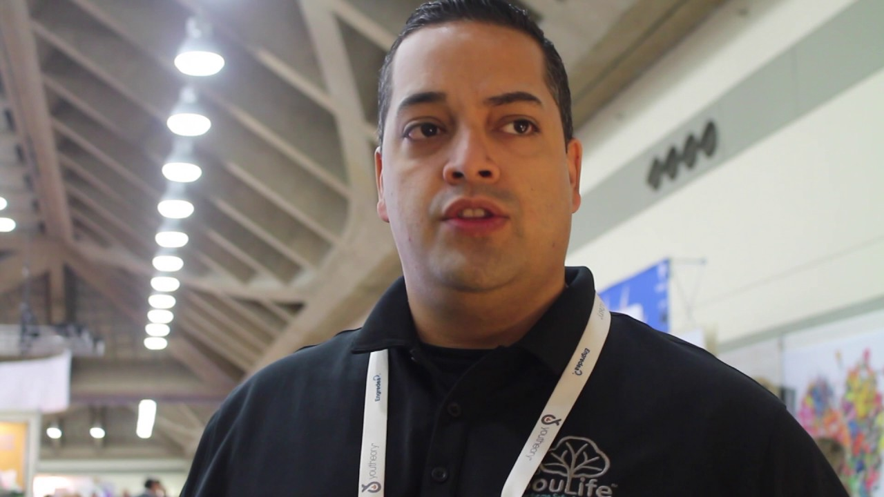 JR Munoz